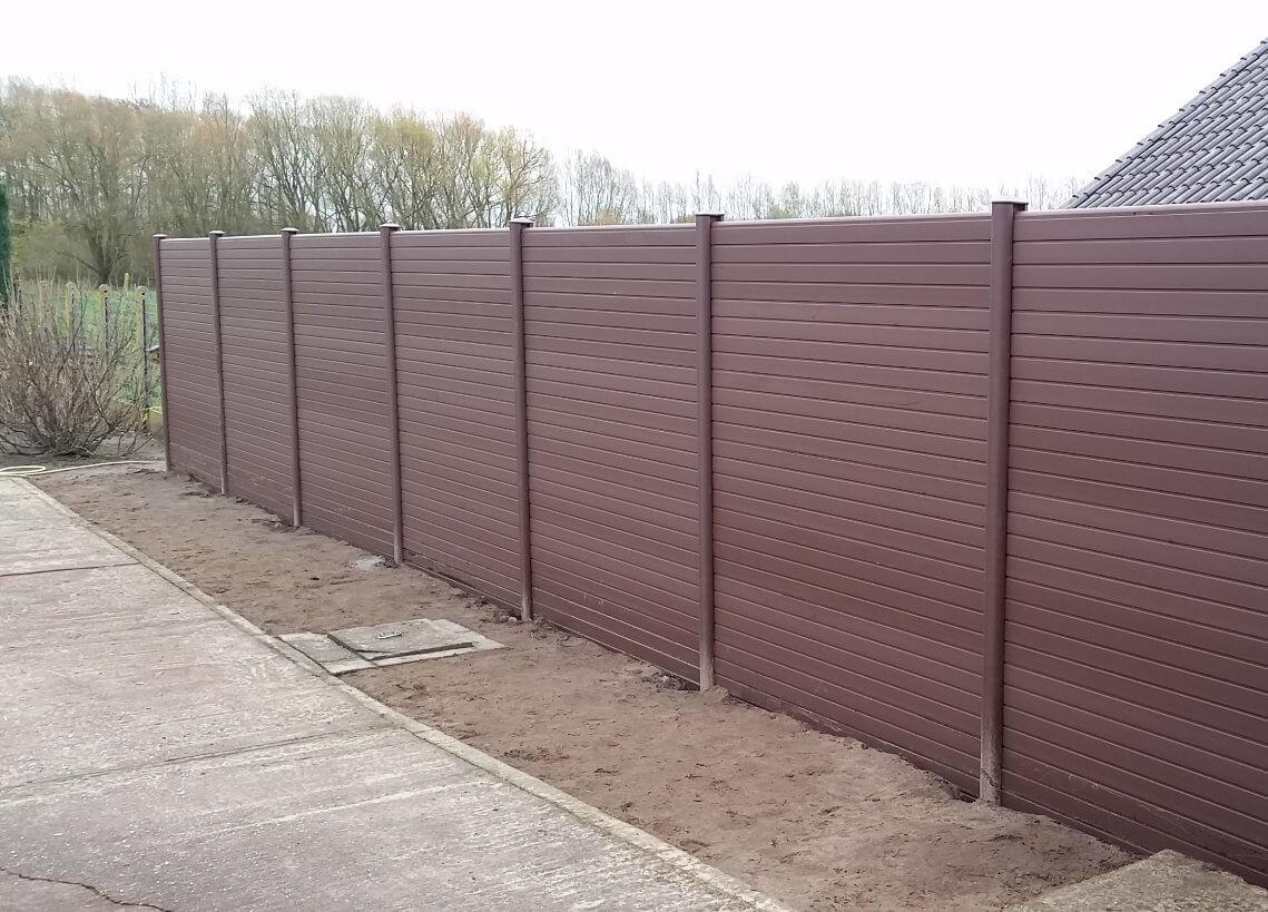 ECOfencing tuinscherm in de bruine kleur