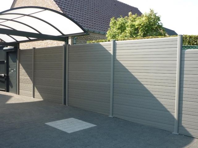 ECOfencing tuinscherm grijs naast carport