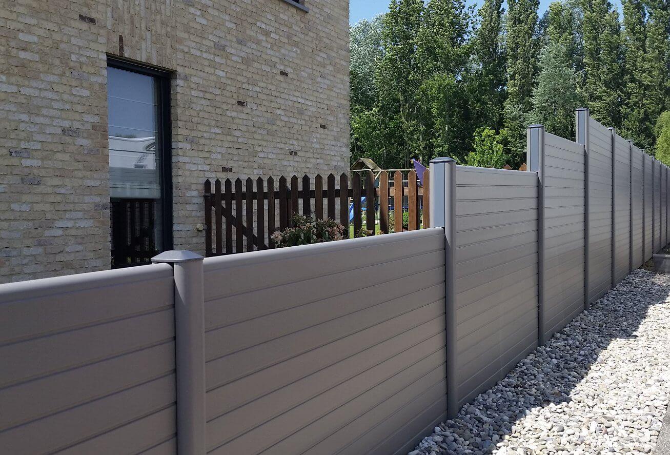 ECOfencing tuinscherm grijs in trapvorm
