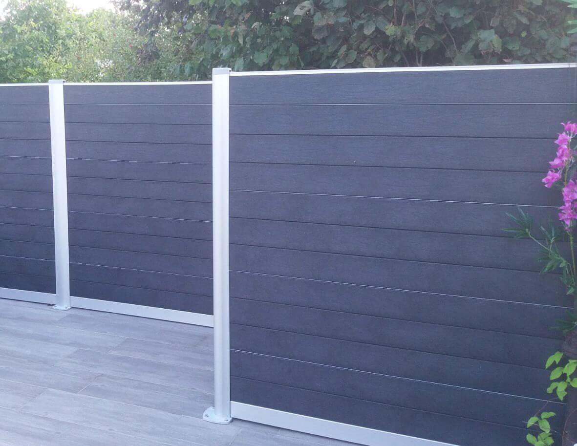 Govawall kunststof tuinscherm in de Impress uitvoering en kleur ash grey