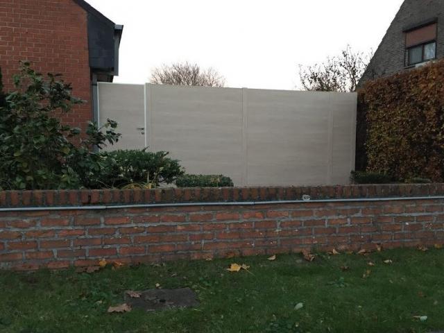 BEAUFOR kunststof tuinscherm met poortje