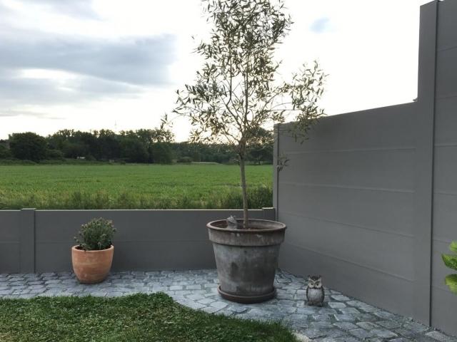 BEAUFOR kunststof tuinschermen mogelijk in verschillende hoogtes