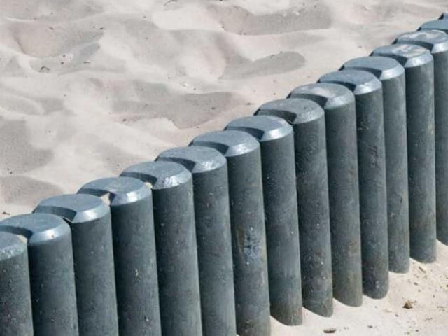 Kunststof palissadepaaltjes in de grijze kleur